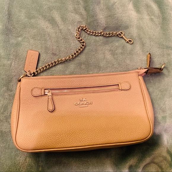 Coach Handbags - Coach Wristlet/Clutch